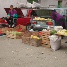 The car boot veg shop. Of course it is in a Lada