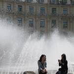 Fountain in the summer, ice rink in the winter - how ingenious!