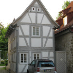 Perfectly proportioned - small house, small car