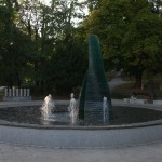Fountain dedicated to the lost children of the early 1990s
